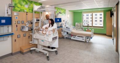 Illinois Hospital Debuts Neonatal Intensive Care Unit